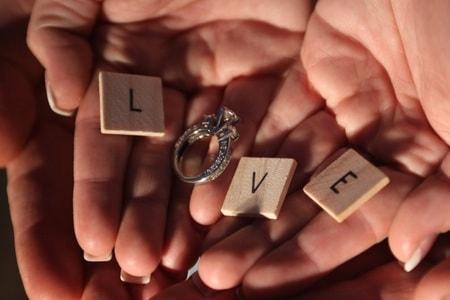 10万円の指輪をプレゼント